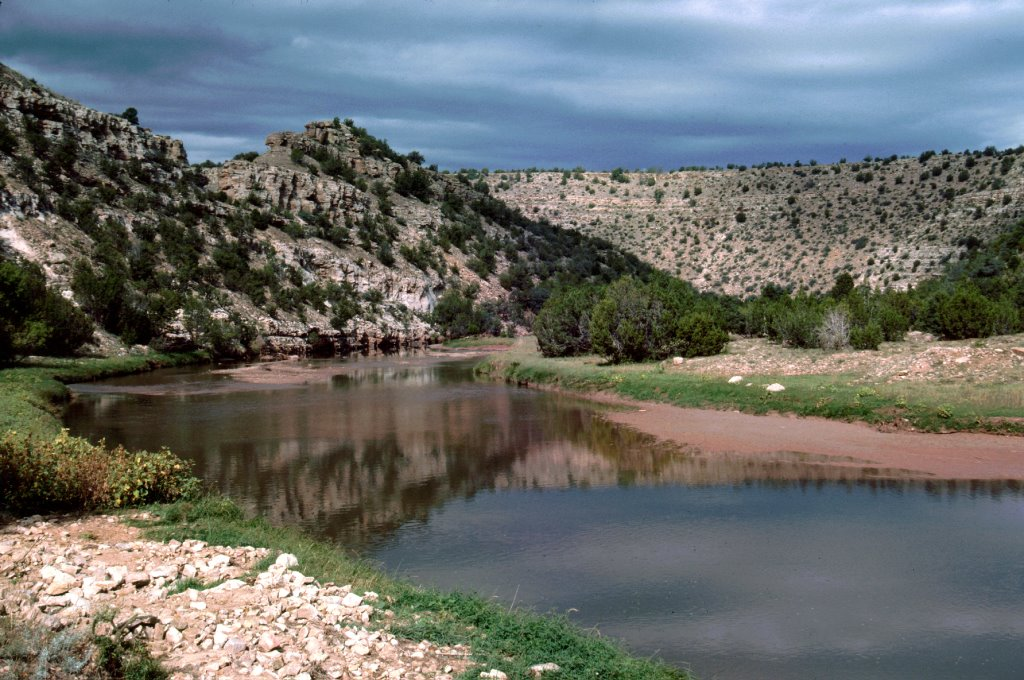 Pecos River near El Cerrito, New Mexico, Парадайс-Хиллс