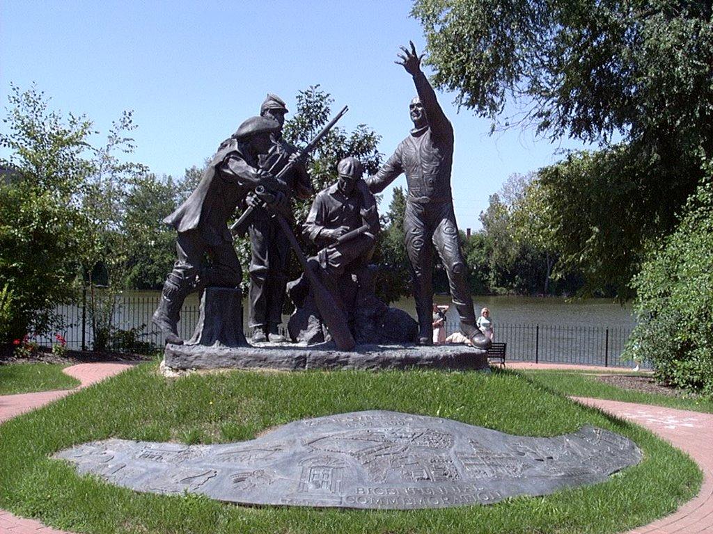 War Memorial, Zanesville, OH, Занесвилл