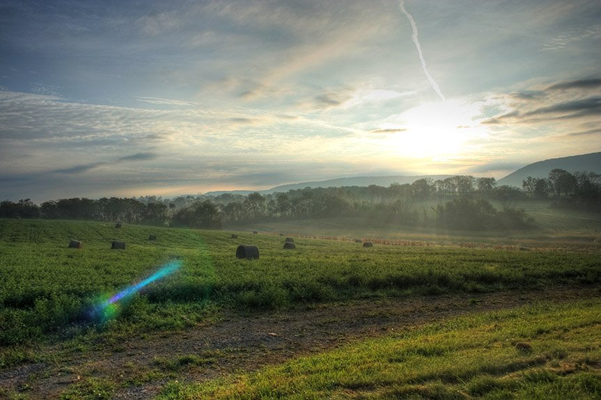 Sunrise over Dale Summit, Авониа