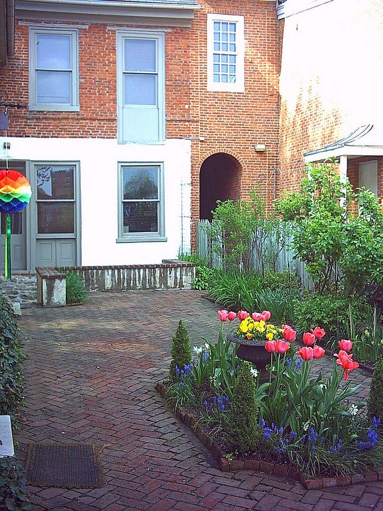 Charles Demuth Home Courtyard, Ланкастер