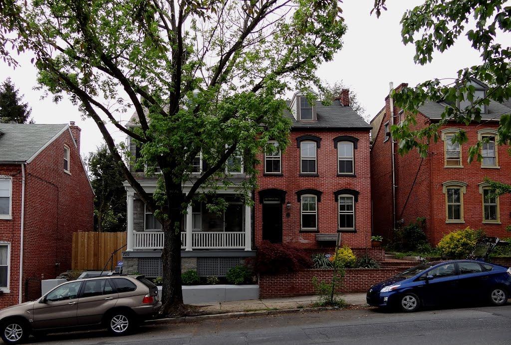 Lancaster PA - Houses on North Charlotte Street, Ланкастер