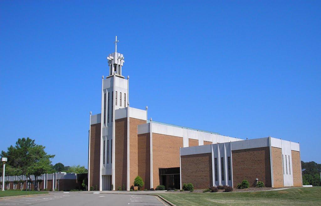 Saint Luke United Methodist Church---st, Бурлингтон