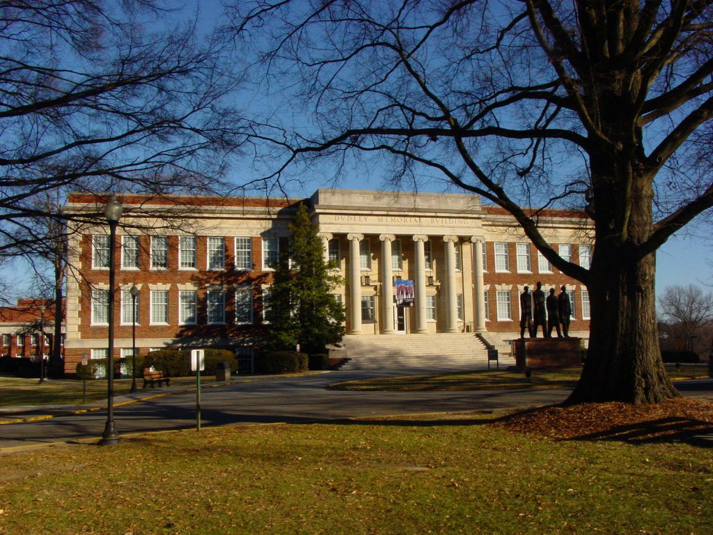a description of the university of north carolina at greensboro The university of north carolina at chapel hill, the nation's first public university, is a global higher education leader known for innovative teaching, research and public service.