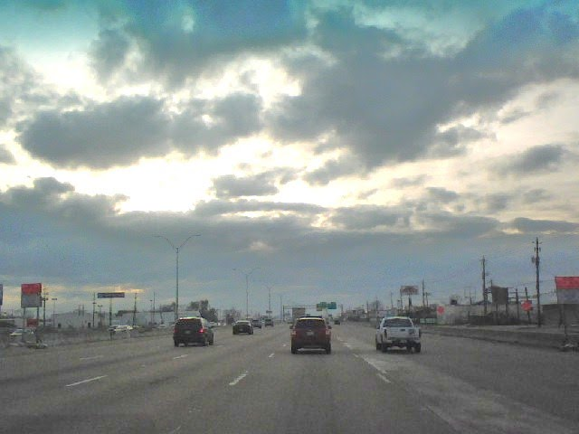 Traffic at Interstate 10, Кловерлиф