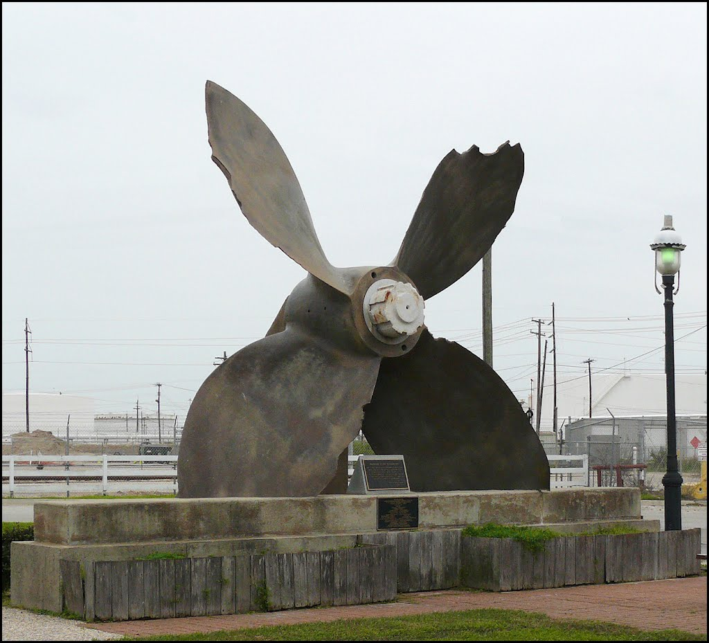 Propeller from the SS Highflyer at the Texas City, Texas Disaster of 1947, Лакленд база ВВС