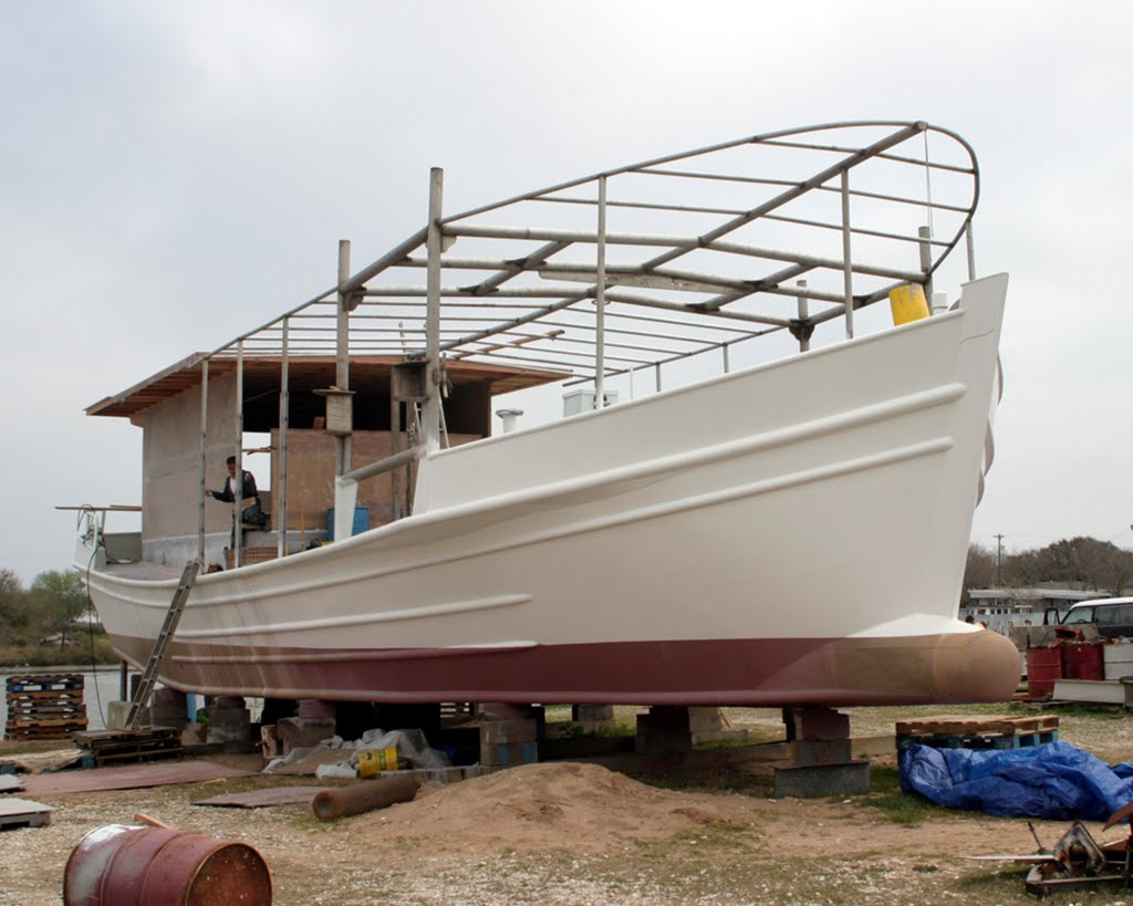 Aluminium Lugger Under Construcion, Лейк-Ворт