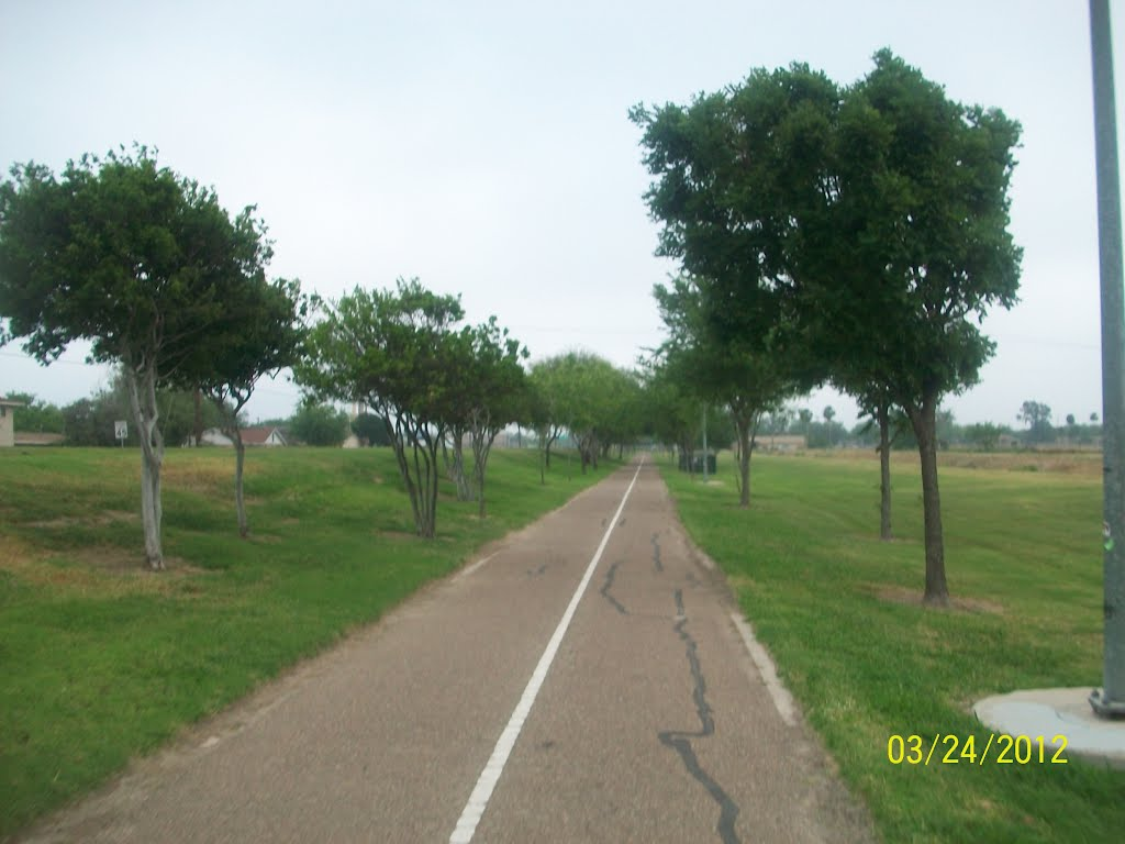 Bike Trail, Мак-Аллен