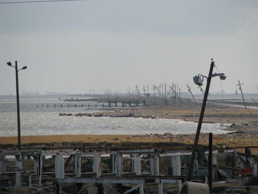 Texas City dike, post Hurricane Ike, Манор