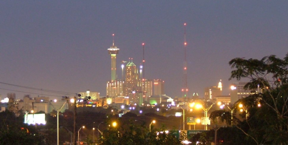 Night View of San Antonio, Олмос-Парк