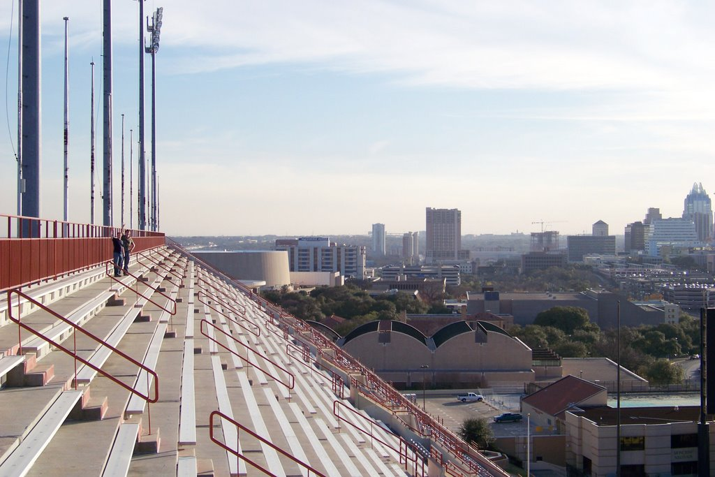 Darrell K Royal-Texas Memorial Stadium and Austin, Texas, Остин