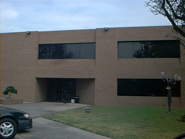 Flat Roof Repairs to Office Building in Clearlake Texas, Пайни-Пойнт-Виллидж