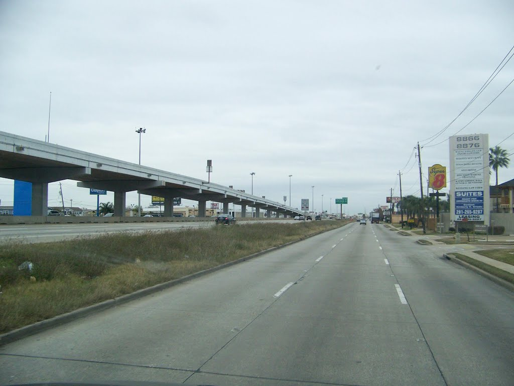 Gulf Freeway, Пасадена