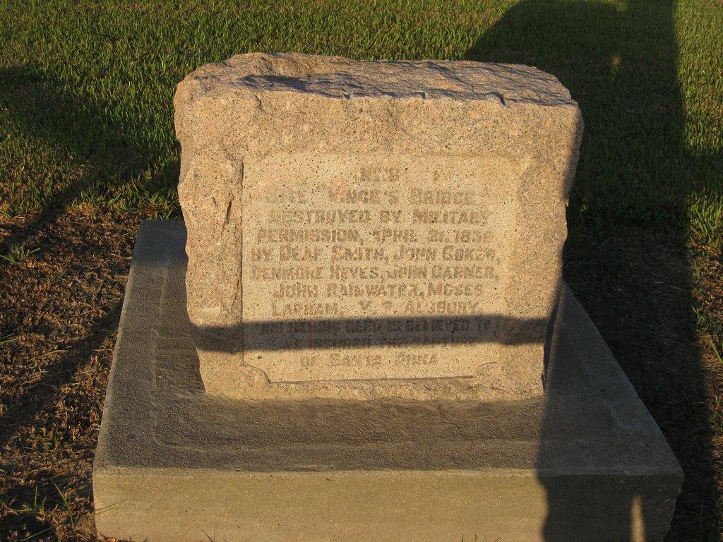 Vinces Bridge Historical Marker, Пасадена