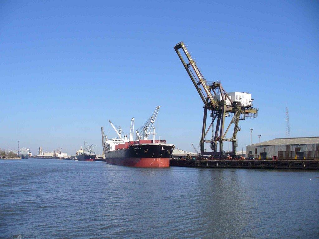 Houston Ship Channel, Пасадена