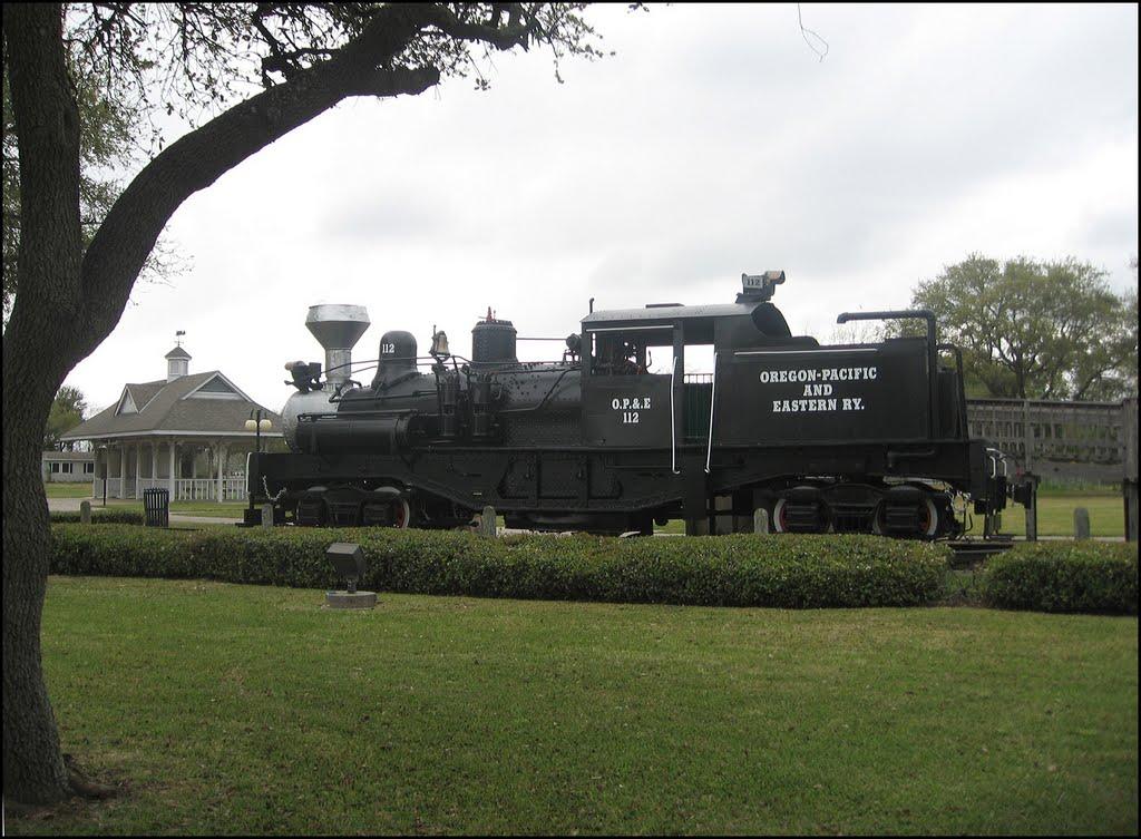 Noble Park, Texas City, Texas, Тилер