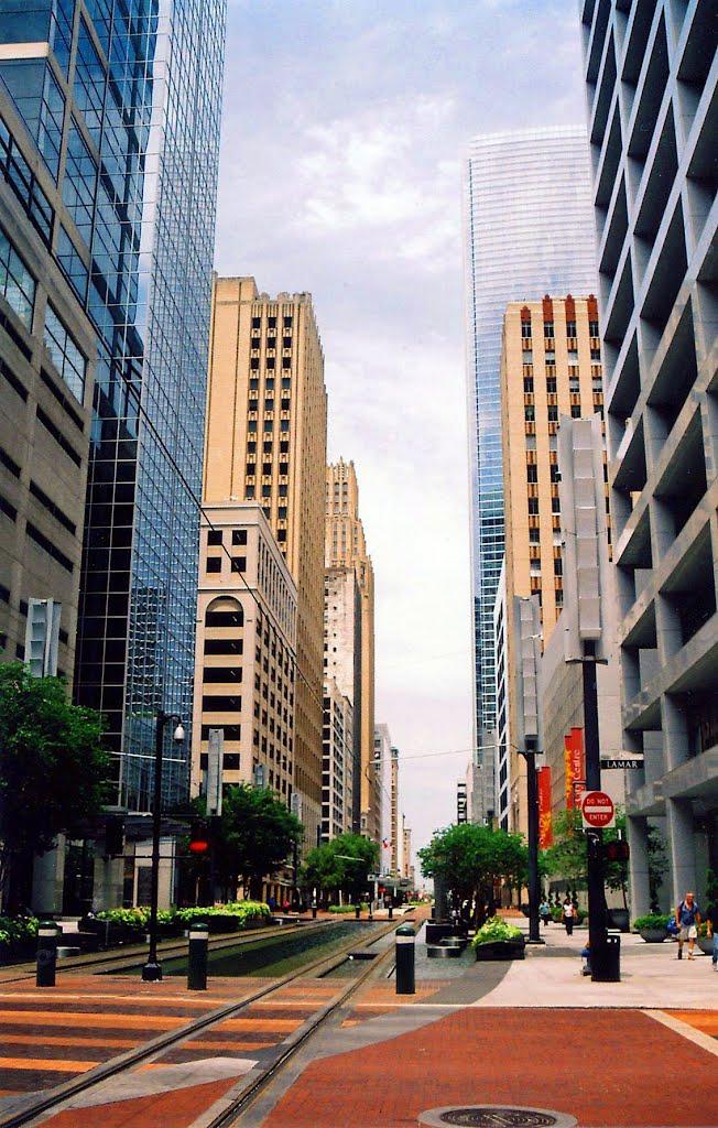 Houston Main Street on a Sunday Morning, Хьюстон