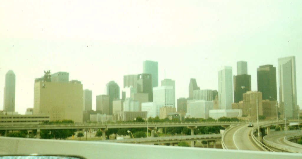 Edificios centro de Houston desde la autopista, Хьюстон