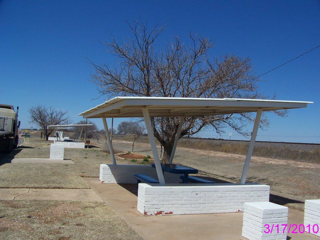 Rest Area, US-84 North of Shallowater, Шаллоуотер