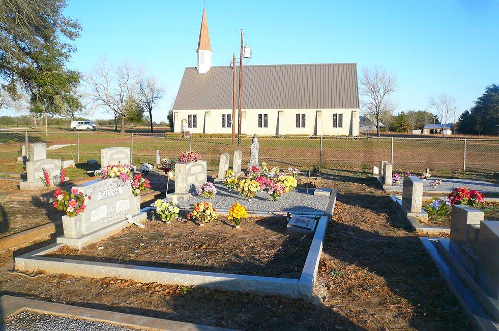 Texas, Vsetin, cemetary and church, Эль-Кампо