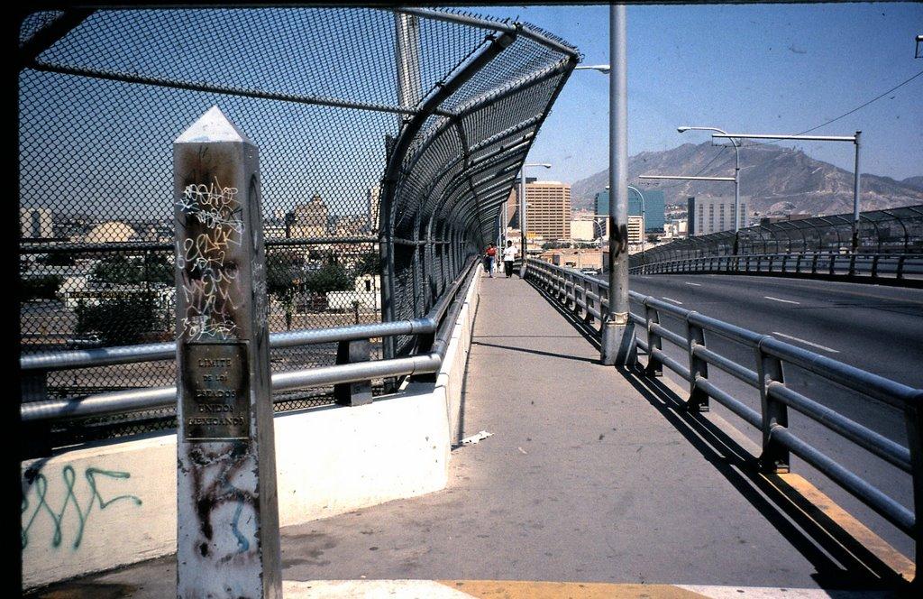 international border, Stanton St. Bridge, El Paso/Juarez, Эль-Пасо