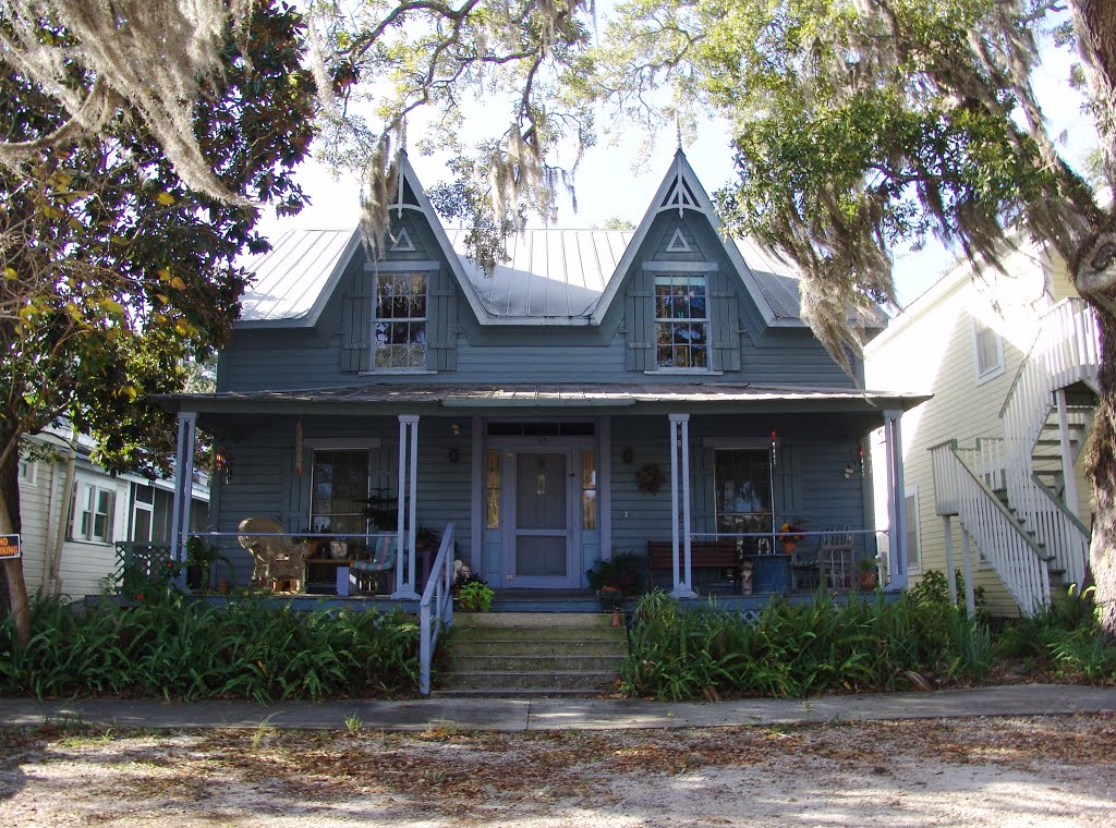 Captain James Witherspoon house, built in the 1860s, historic Apalachicola Florida (11-27-2011), Апалачикола