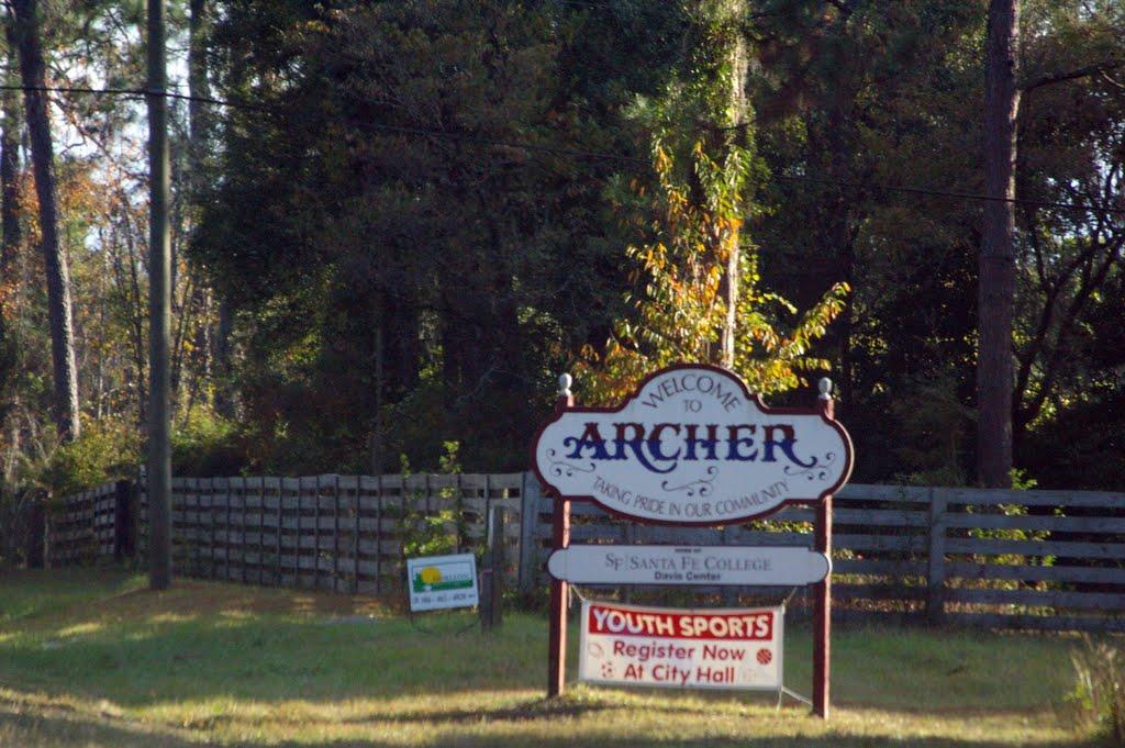 2010 Archer, FL, USA - along SR 27, Арчер