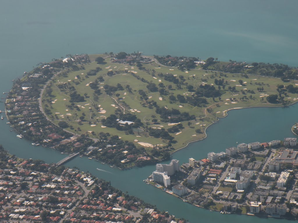 Private Island and Golf Course in Miami Beach Area, Бал-Харбор
