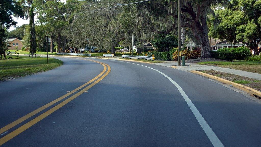 2009 Lake Howard Dr. - Winter Haven, Florida, Инвуд