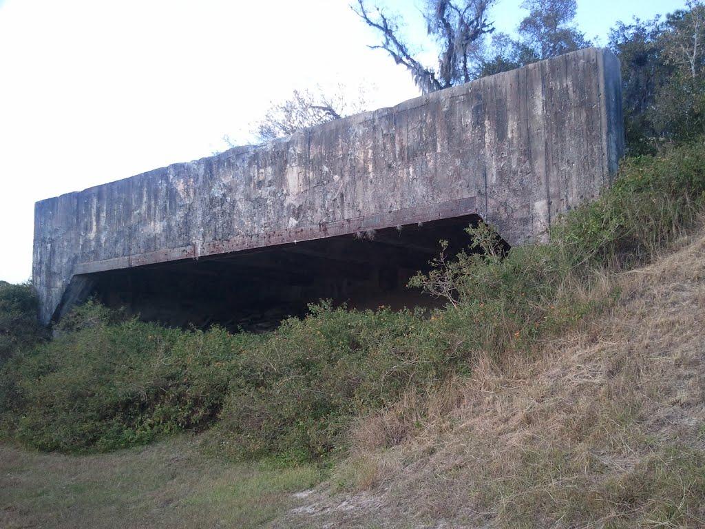 WWII Brooksville Army Airfield Bunker, Индиан-Шорес