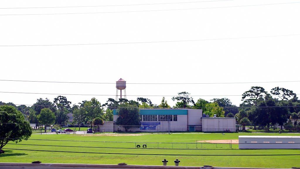 2014 07-16 Florida - along I-4 - Hungerford school, Итонвилл