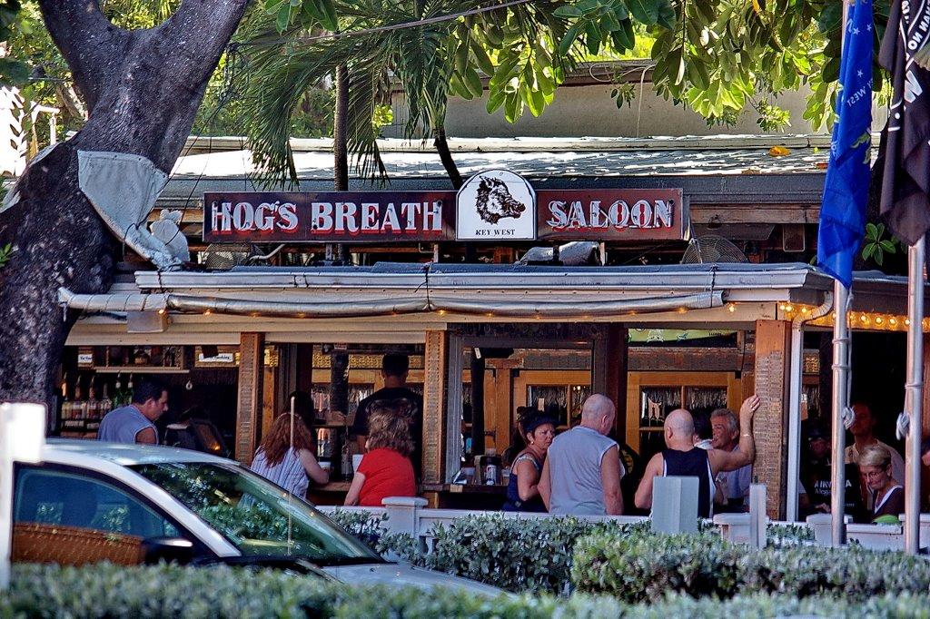 2008 Hogs Breath Saloon - from across the street, Ки-Уэст