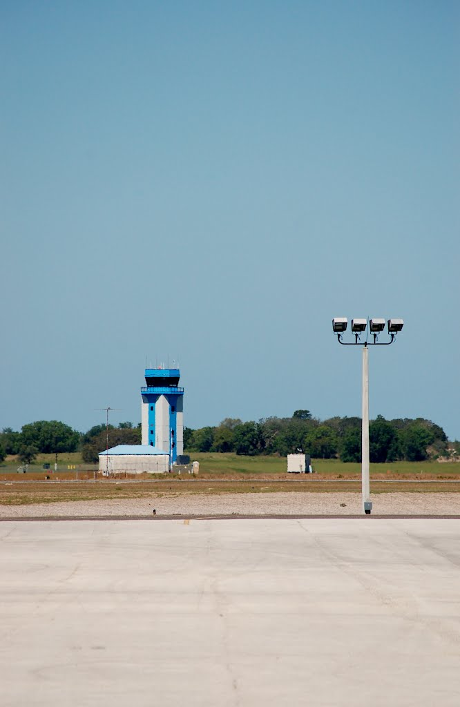 New Control Tower at Hernando County Airport, Brooksville, FL, Клевистон