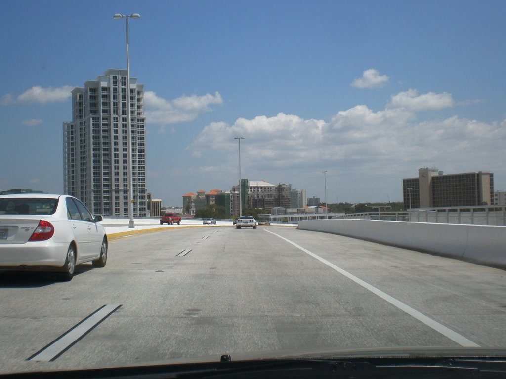 Going towards downtown Clearwater, Клирватер