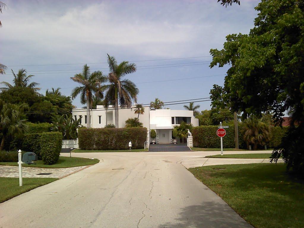 Little square house Hypoluxo Island, Лантана