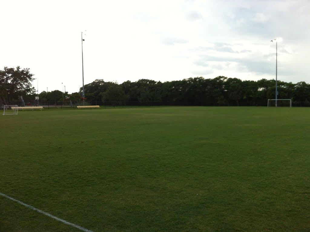 LAke Worth Soccer Field, Лантана