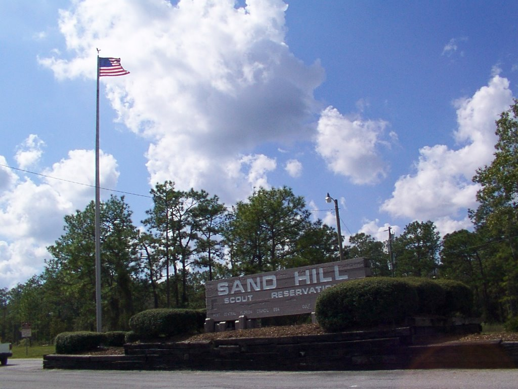 Sand Hill Scout Reservation Entrance, Лаудерхилл