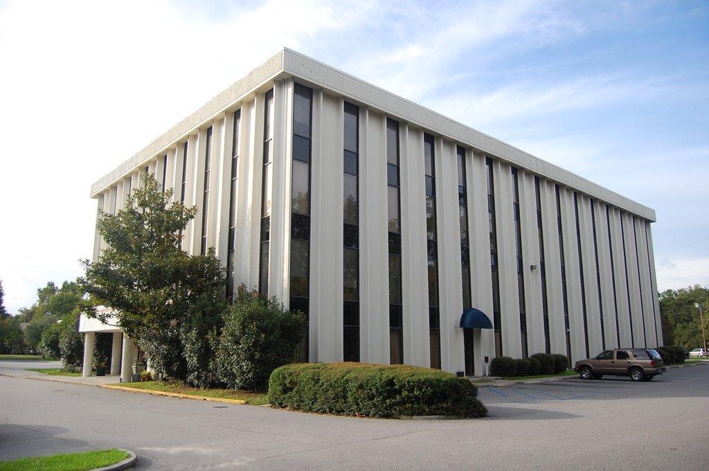 Charleston Tech Support, Авондейл