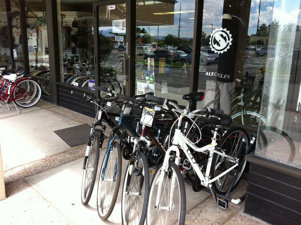 Salt Cycles Bicycle Shop with Dan Artley & Thomas Kwiatkowski, Гранит-Парк