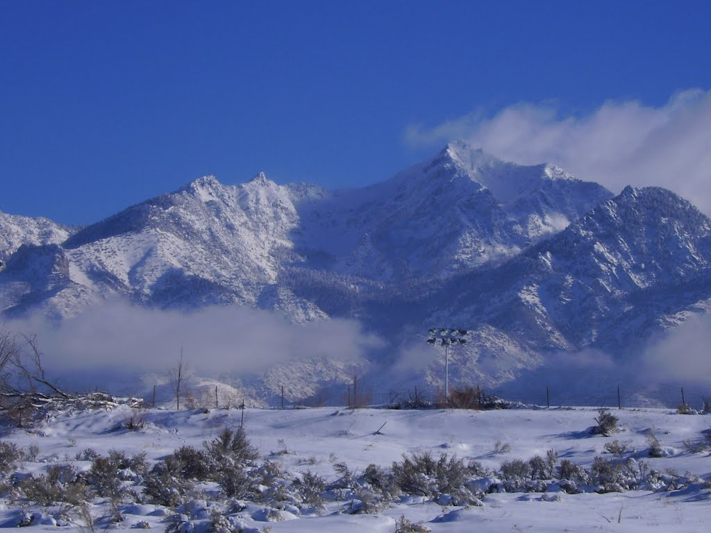 Snow covered mountains in Sandy (2007), Гранит-Парк