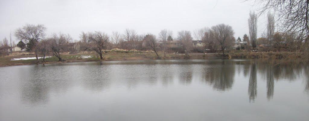 Steed Pond, Клинтон