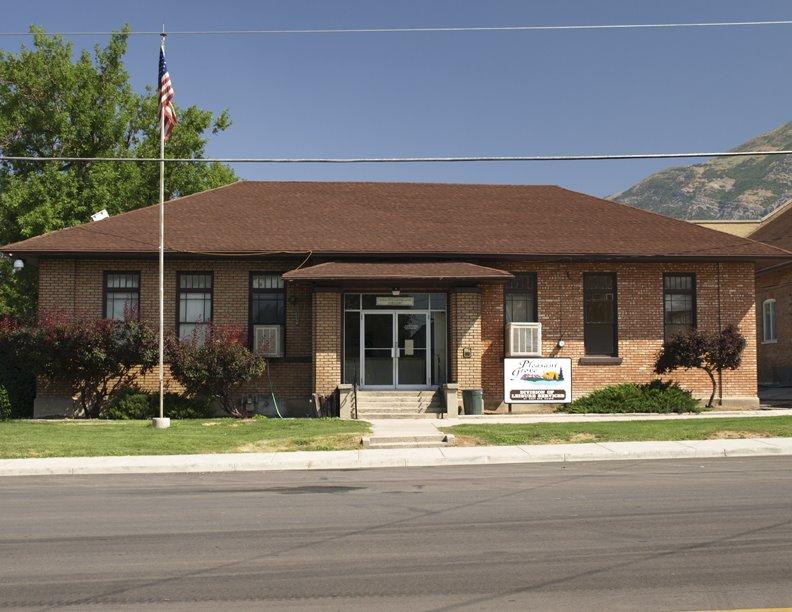 Pleasant Grove Parks Department, Линдон