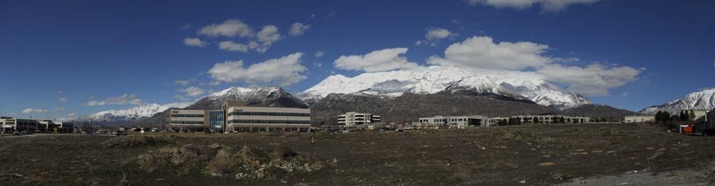 Mountain panorama in Lindon Utah, Линдон