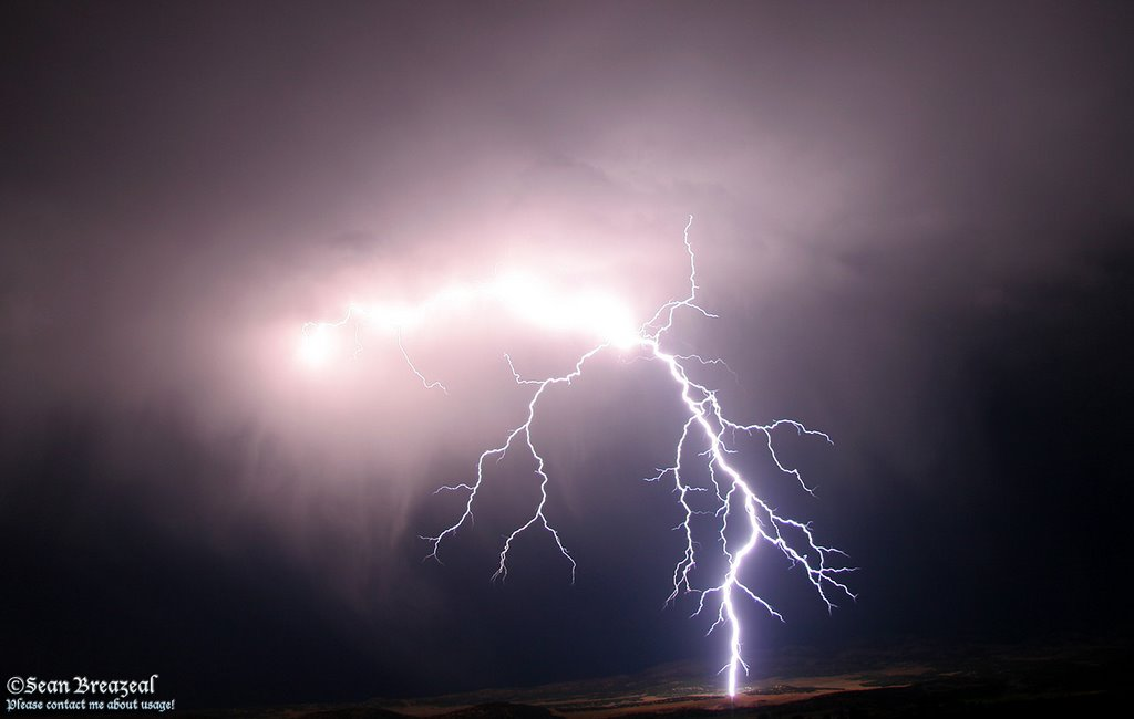 Lightning near Mount Pleasant, Моунт-Плисант