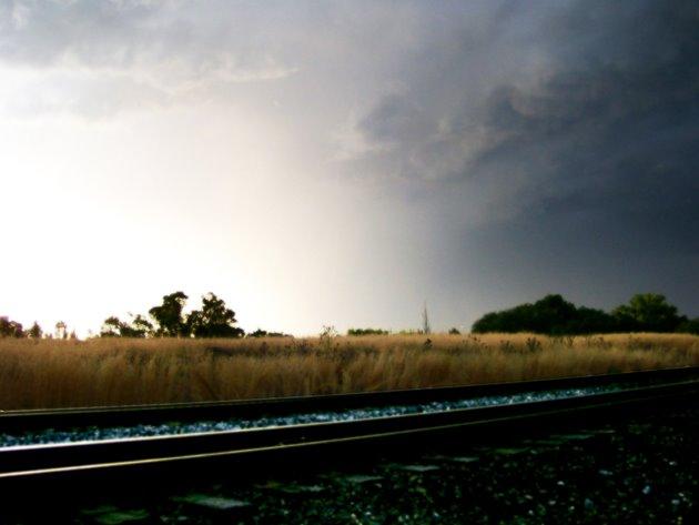 tracks and clouds, Муррей