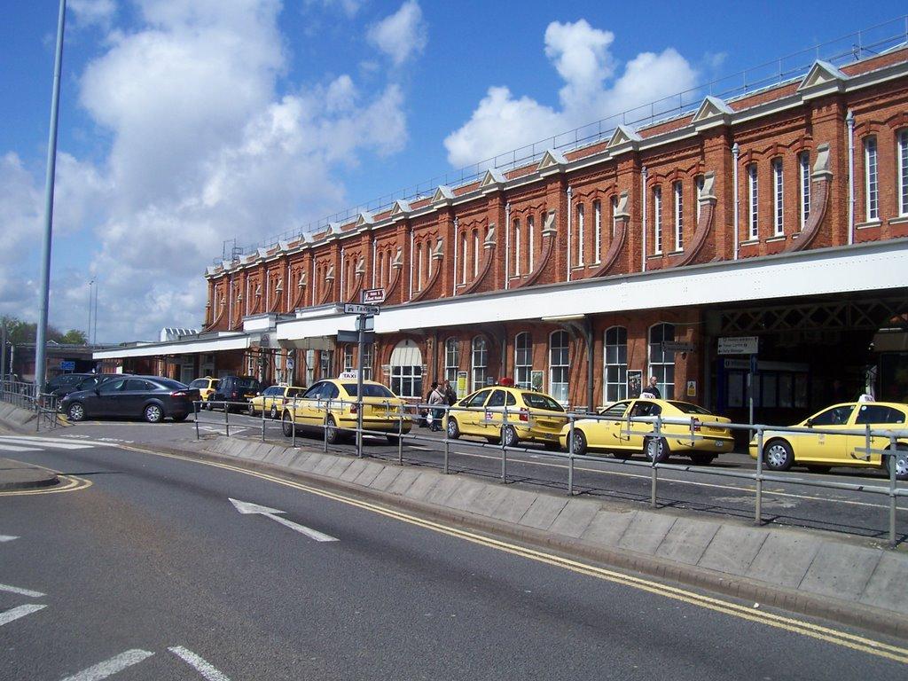 Bournemouth Train Station, Борнмут