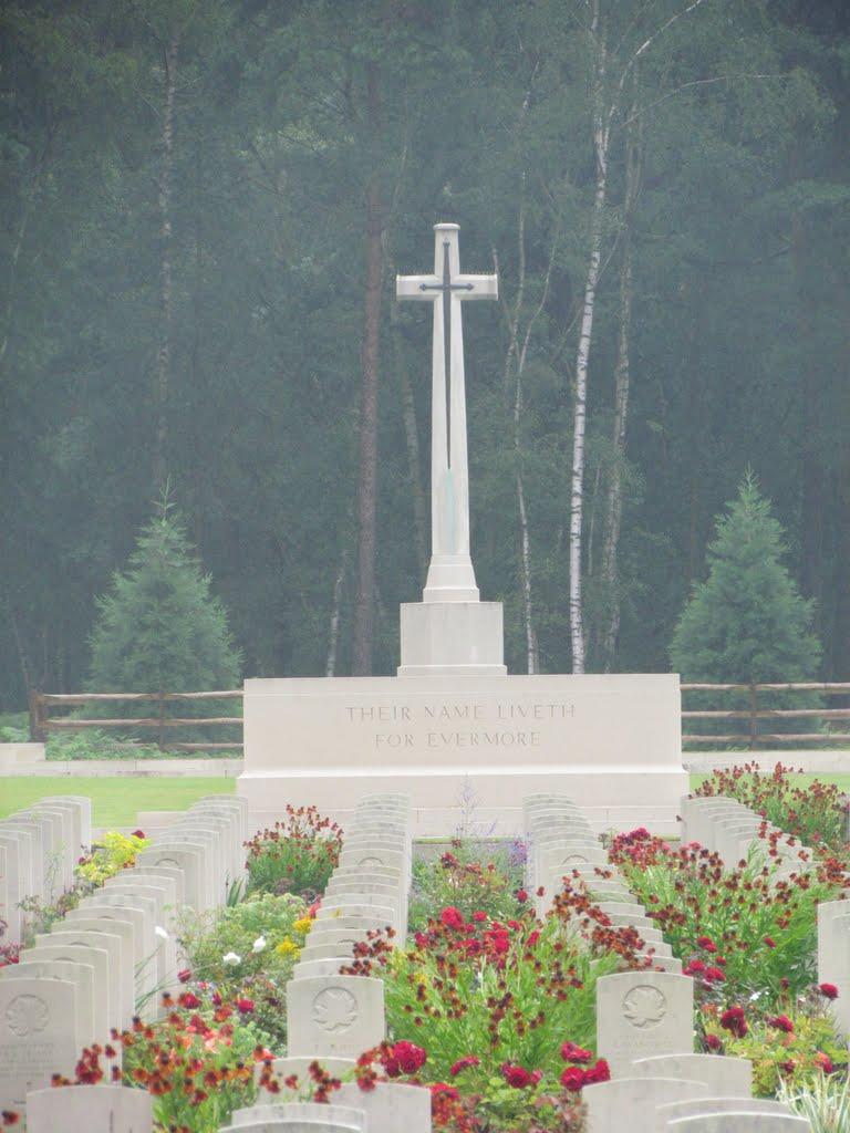 Brookwood War Cemetery, Басингсток