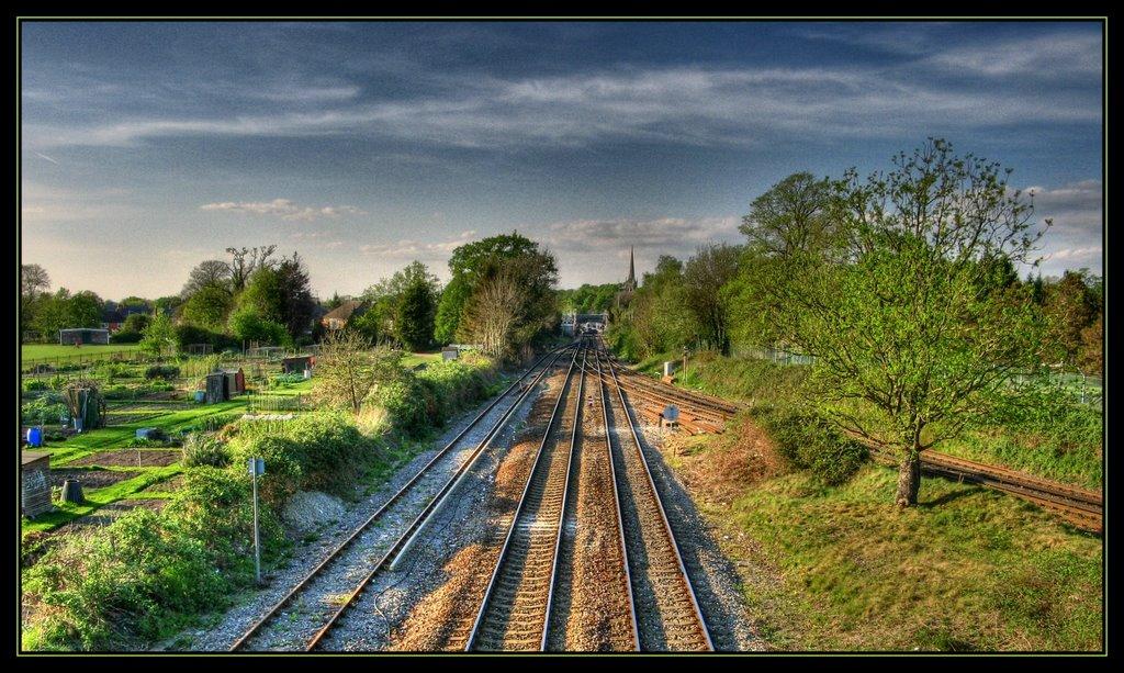 Wokingham Station in the distance, Вокингем