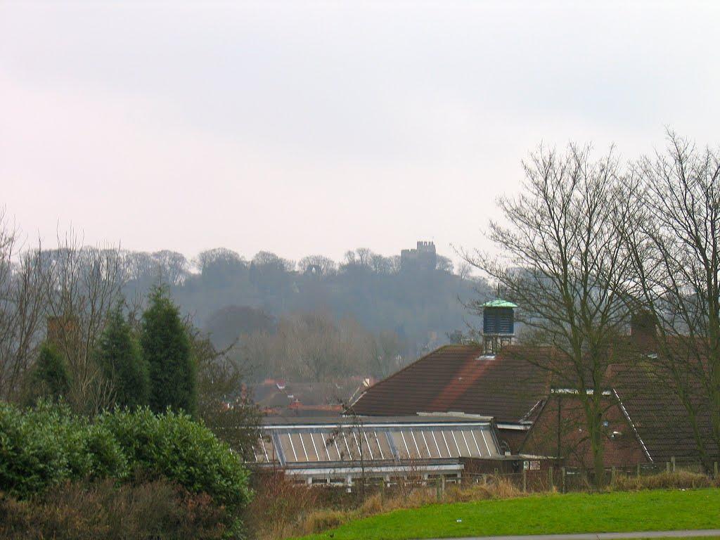 Looking towards Dudley Castle from green space near Cedar Road, Дадли