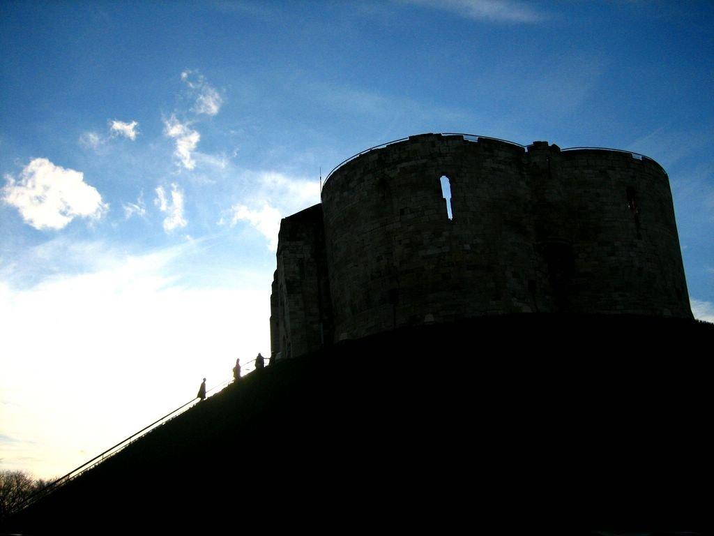 York - Cliffords Tower, Йорк