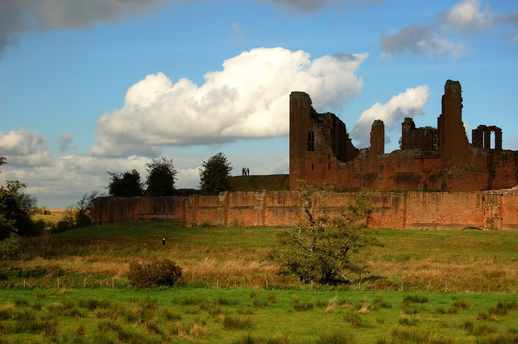 a look at the various sources of kenilworth castle Studying the kenilworth castle kenilworth castle essay - on first look, kenilworth castle i am going to do this by examining sources about kenilworth.